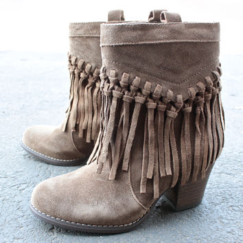 sbicca vintage collection sound fringe bootie (more colors)