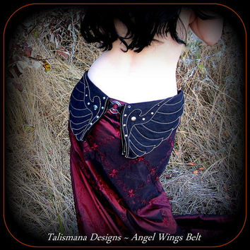 Utility Belt ~ Dark Angel Wings Hip Belt Bag w/ Pockets ~ Black Canvas Fabric ~ Vegan ~ Divine Gothic Goddess ~ Talismana Designs