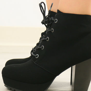 SIZE 10 Modesto Skyline Black Chunky Lace Up Bootie