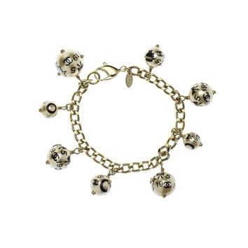 Pre-owned Chanel 2006 Faux Pearl Charm Bracelet