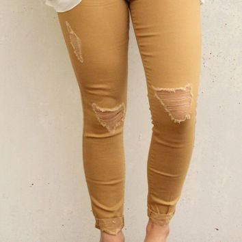 Watchin' the Sun Ripped Jeans - Mustard - Size 5