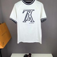 Louis Vuitton: 2018 Spring and summer new shoulder type casual T-shirts  001