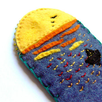 Felt dawn bookmark, sunrise over the sea, blue, yellow, orange with beads and embroidery