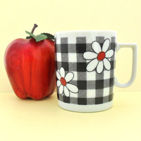 Vintage Gingham and Daisy Cup Black White Red Flower 60s 70s Pretty Retro Coffee Tea Cup Mug