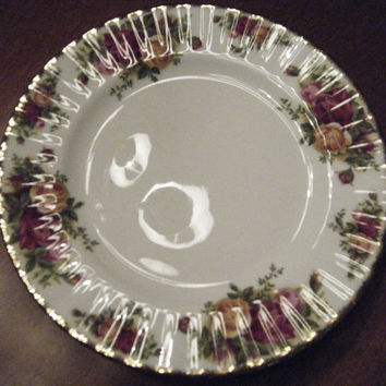 Royal Albert Old Country Roses 8inch luncheon/Salad Plates Set of four