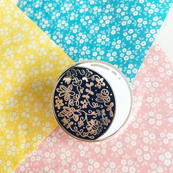 Floral Moon - Hard enamel pin - kawaii accessories, cute enamel pin, moon lapel pin, crescent moon enamel pin, moon pin cute moon enamel pin