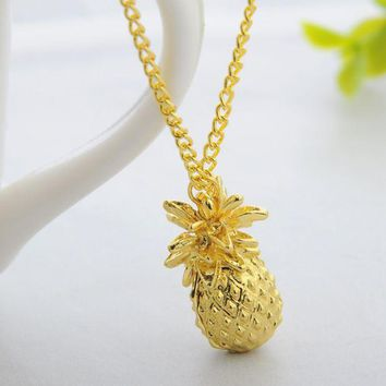DCCKUNT Creative Metal Pineapple Pattern Pendant  Necklace + Nice Gift Box Graeat Gifts