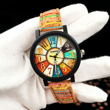 Womens Artificial Leather Vintage Pattern Analog Quartz Wrist Watch
