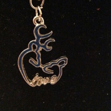 Blue browning buck and doe kissing heart with love style necklace, earrings, key ring, set jewelry