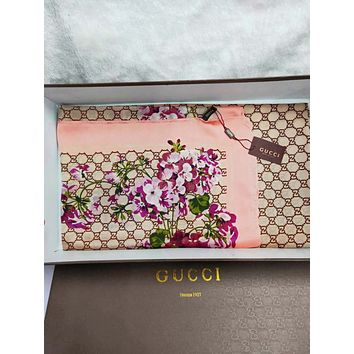 GUCCI Fashionable Women Casual Cape Silk Scarf Scarves Shawl Accessories