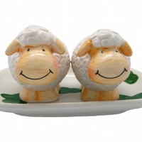 Collectible Salt and Pepper Shakers Happy Sheep