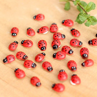 Hot Sale 10Pcs/pack Wooden Ladybird Ladybug Sticker Children Kids Painted adhesive Back DIY Craft Home Party Holiday Decoration