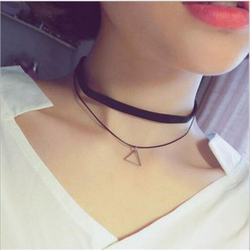 2016 Faux Leather Choker Fashion Simple Black Velvet Rope Silver Triangle False Collar Necklace for women collier Bijoux X176