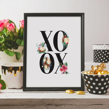 "Love poster ""XOXO"" Love quote Inspirational quote Wall art Instant download Gift idea For couples Typography quote Floral quotes Printable"