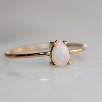 14k Pear Opal Ring, Teardrop Opal Ring, Tear Ting, Prong Setting, October Birthstone, Solid Gold, Statement Ring, Solitare Ring