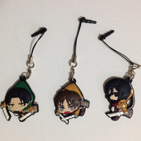 Shingeki no Kyojin Attack on Titan 2D Figure Headphone Dust Plugy Keychain Cellphone Strap Charm iPhone Galaxy Note 3 s4 5 5s 4s 4 iPod iPad