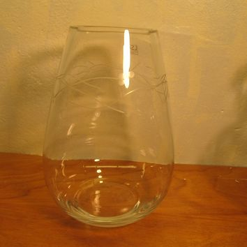 Beautiful large tear drop clear crystal vase