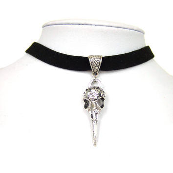 "Black 10mm Flat Faux Suede Cord Crow Raven Bird Skull Charm 13"" Choker Necklace 38x13mm"