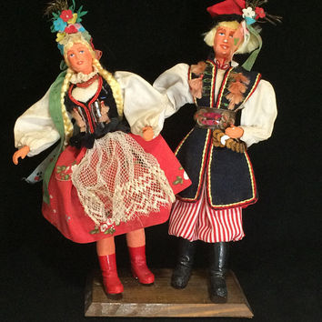Poland Souvenir Dancing Dolls Chalkware Man and Woman Polish Ethnic Costume Made Clothing Mid Century Era 618
