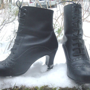 Vintage Victorian Style Black Laced Leather Boots UK 7