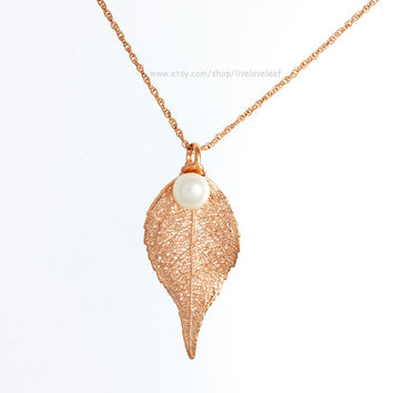 Rose Gold Evergreen Leaf Pendant with Pearl, Real leaf Necklace, 24K Rose gold electroplated Genuine Evergreen leaves, Fall Wedding Jewelry