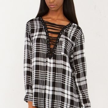 Plaid Lace Up Top in Black White