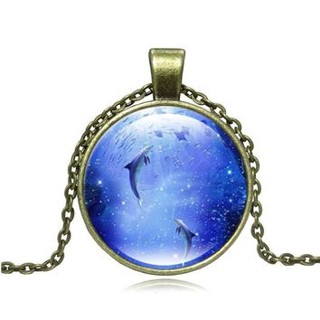 Cheap Fashion Jewelry with Silver/Bronze Plated Glass Cabochon Dolphin Shaped Choker Pendant Necklace for Women Party Gift