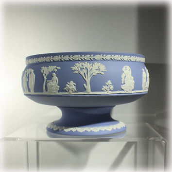 Large 1950s Wedgwood Jasperware Portland Blue Imperial Footed Bowl