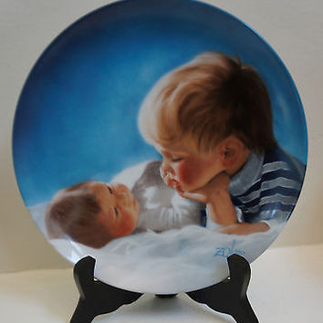 Pemberton & Oakes Fine China Zolan's Collectors Plate of Brotherly Love