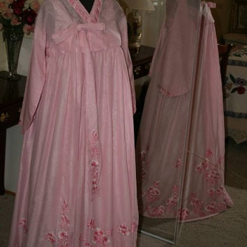 Vintage Genuine Korean Hanbok Pink embroidered Asian Costume Dress