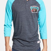 Men's Mitchell & Ness 'Vancouver Grizzlies - Hustle Play' Tailored Fit Raglan Henley