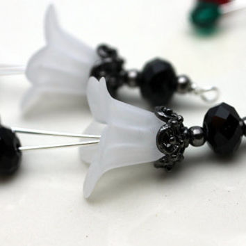 White Lucite Flower with Black Faceted Rondelle Crystal Bead Drop Dangle Set