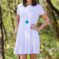 The Perfect Piko Short Sleeve Swing Dress-White – Simply Dixie Boutique