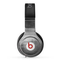 The Grungy Gray Panel Skin for the Beats by Dre Pro Headphones