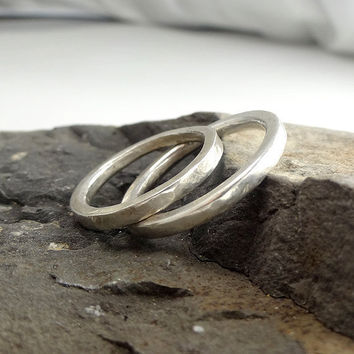 "RING ""Lines"" in Sterling Silver, Wedding Band. Unisex. Minimalistic. Hammered and  Forged."