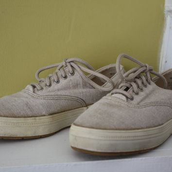 KEDS Lace Up Sneakers Tennis Shoes / Linen Colored Canvas / Size 6