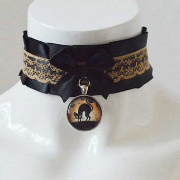 Kitten play collar - Scared kitty - pleated collar necklace - kittenplay petplay cgl ddlg black and beige costume cosplay lolita kawaii