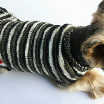 Winter Dog Coats Dogs Warm Clothes Cute Dog Sweater  Pet Gift Holiday Gift Chihuahua Coat Yorkie coat