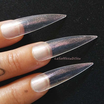 clear medium long stiletto false nails iridescent pink pearlescent fake nails costume wag drag queen false uñas cosplay men lasoffittadiste