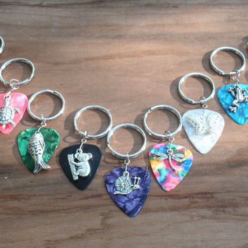 Nature Key Chain, 16 Colors Choice, Hibiscus, Fish, Snail, Dragonfly, Butterfly, Koala Bear, Turtle, Elephant, Frog Guitar Pick Keychain
