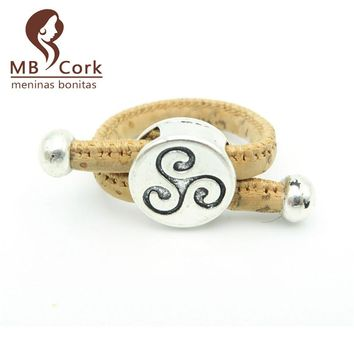 MB Triple spiral symbol cork Ring