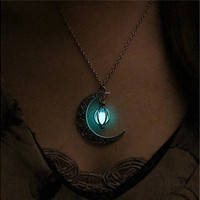 Glow Dark Jewelry  Silver Plated The Moon Heart-shaped Pendant Pearl Necklace Turquoise Jewelry [8802103052]