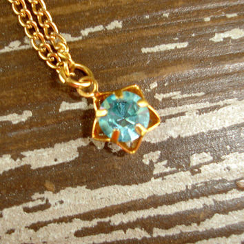 Vintage Blue Rhinestone Necklace, Topaz Blue Stone, Star Shaped Pendant Setting, Gold Tone Dainty Delicate Layering Necklace, Estate Jewelry