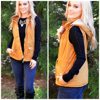 SZ LARGE Going Glamping Camel Fur Lined Vest