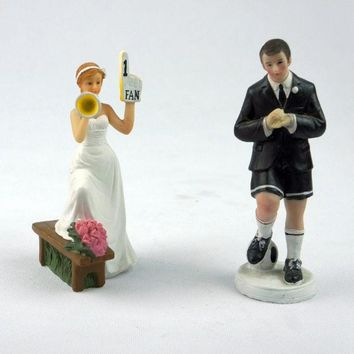 MDIGIX3 Football Bride Groom Cake Topper Couple Soccer Fans Wedding Party Figurine Horn = 1930279876
