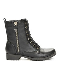 Bethie Lace-Up Boots | GuessFactory.com