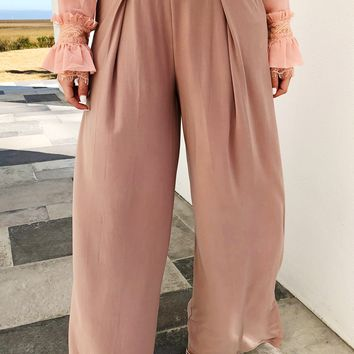 Follow The Leader Pants: Taupe