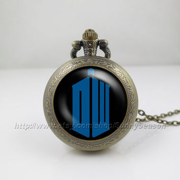 Doctor Who Pocket Watch,tardis Dr who Necklace,Doctor Who Logo Pocket watch necklace,Blue logo,Glass Locket Pocket Watch necklace