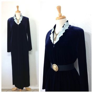 Vintage Diamond Tea Velvet Robe Hostess Gown loungewear Navy Blue Floral Embroidered Collar Robe Medium