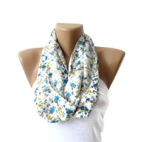 women infinity Scarf, circle scarf, fashion accessories, Loop Scarf, Cowl, Nomad Tube, spring, fall fashion, blue and yellow flowers